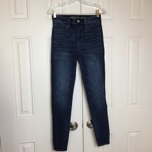 AEO Super High Rise Jeggings Size 4